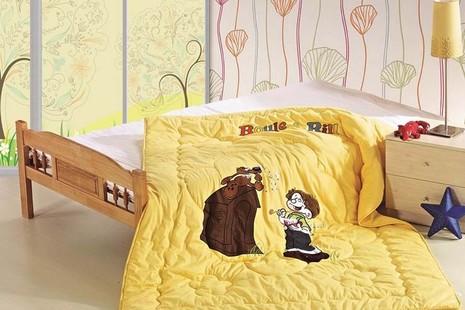 Одеяло Vulg стеганное с вышивкой 155х215 см